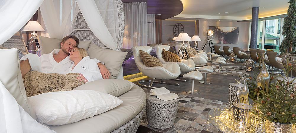 wellnessurlaub in bayern bayerischer wald wellnesshotel. Black Bedroom Furniture Sets. Home Design Ideas